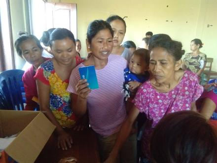 BPNT Desa Sidetapa Sudah Masuk Rekening, Warga Dapat Mengambilnya di Warung
