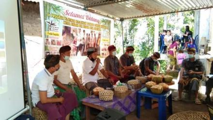 Gelar Pelatihan Kerajinan Bambu, PLN UID Bali Dukung Peningkatan Kapasitas UMKM